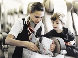 Children traveling alone. // (c) Swiss Air