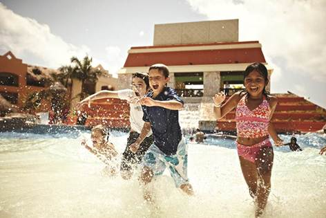 Wave Pool at the Iberostar Paraiso Maya in Riviera Maya, Mexico // (c) 2013 Iberostar Hotels & Resorts