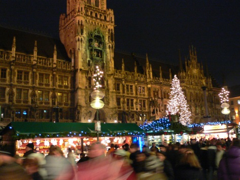 Germany is fun for famlies at Christmas // (c) heatheronhertravels