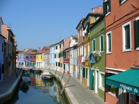 More families are booking vacation rentals in Europe. // (c) 2014 TripAdvisor